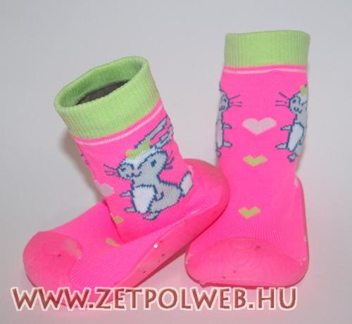 Zoknicipő nyuszis - Gyerekcipő webáruház lengyel gyermekcipők ... fd8326263a